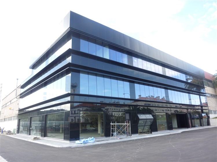 Fachada ventilada cantabria rehabilitaci n fachada - Imagenes de fachadas de empresas ...